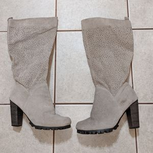 Beige gray spring/fall boots